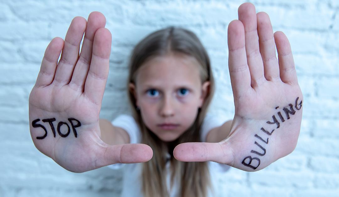 Cyberbullismo: Protagonisti e Conseguenze di un Fenomeno in Crescita